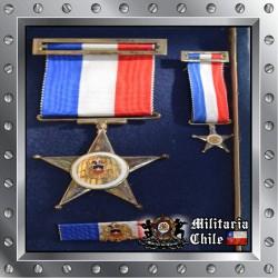 Estrella al Merito Militar F.F.A.A 10 años Oficiales Chilean Army Medal